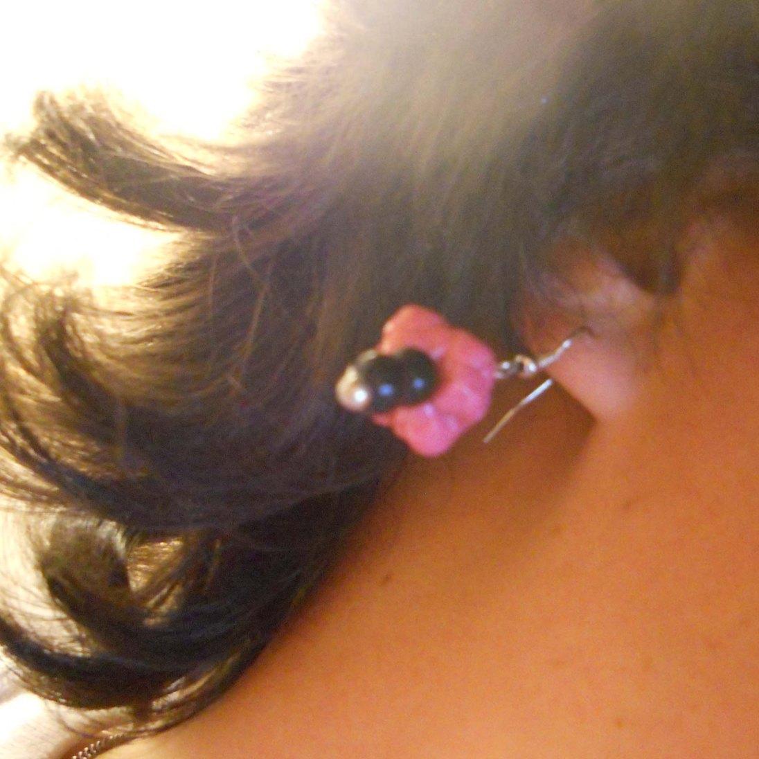 gum earrings